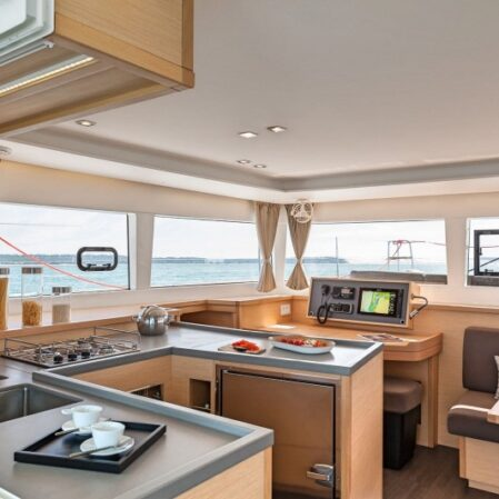 poppaprua.it Catamarano Lagoon 450F